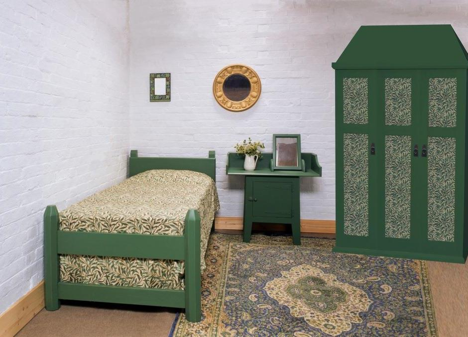 Arts crafts movement oak painted beds wardrobes - Bedroom arts and crafts ideas ...