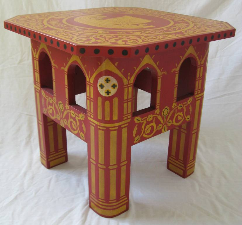 Gothic Carved Wood Painted Pine Dining Tables And Dining Chairs Furniture